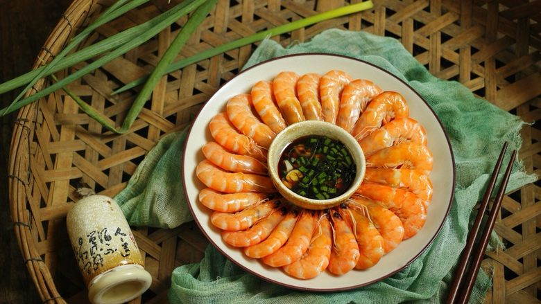 花式摆盘,鲜甜白灼虾