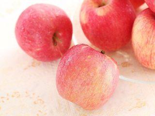 减肥食谱一苹果香蕉奶昔,去皮