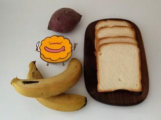 香蕉吐司卷,准备好食材