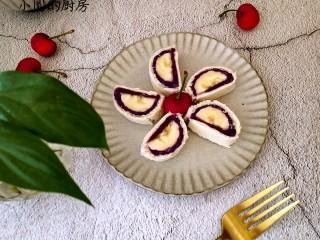 香蕉吐司卷,做点心做早餐都不错呢