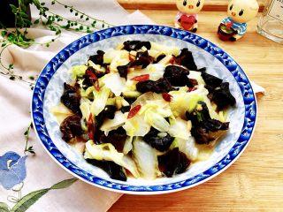 黑白配,小清新➕木耳清炒大白菜,成品