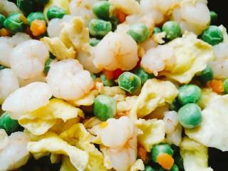 青豆虾仁炒蛋,成品
