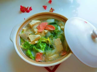 砂锅白肉豆腐奶白菜