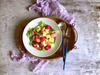 减肥轻脂食谱~酸奶蔬果沙拉,也可以不放橄榄油哦!