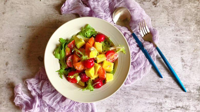 减肥轻脂食谱~酸奶蔬果沙拉