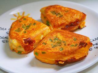 中国式芝士火腿三明治,芝士的咸香味加上葱香味