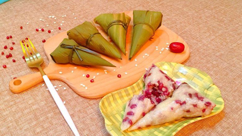 红豆红枣牛角粽