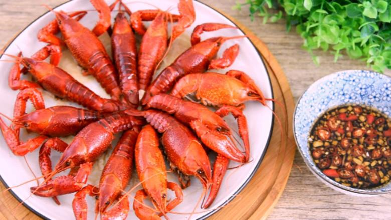 快手小龙虾,看着世界杯,喝着凉爽的啤酒,配着鲜美的龙虾,出锅即可
