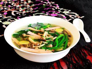 杂蔬火腿羊汤,杂蔬火腿羊汤出锅了
