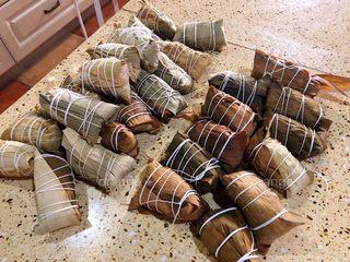 广味蛋黄大肉粽,今天这么多材料一共包了30个粽子
