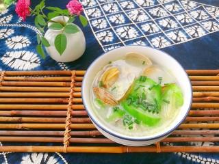 去湿化瘀,丝瓜花蛤汤,夏季来一碗简简单单的丝瓜花蛤汤,去湿化瘀排毒有奇效哦。