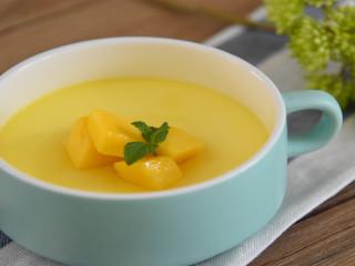 芒果牛奶炖蛋—嫩滑无比,呲溜一下滑入肚子里