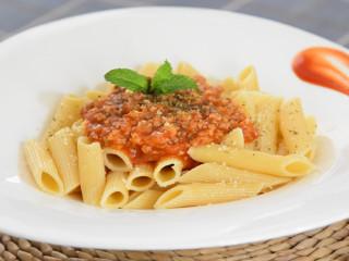 酸甜开胃、肉汁香浓,这么吃都不腻的番茄肉酱通心粉