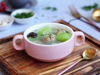 丝瓜丸子汤,成品图。