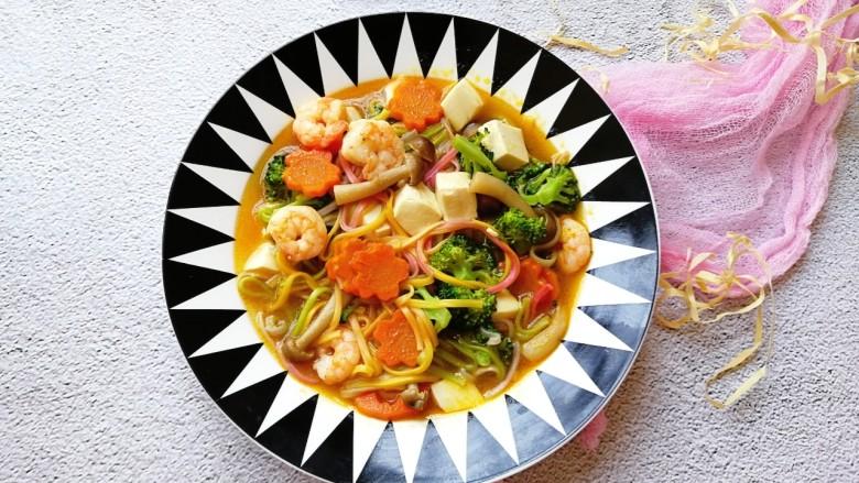 宝宝辅食—咖喱时蔬鲜虾面