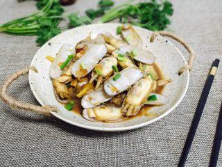 下酒菜+香炒蛏子,成品图