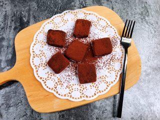 超好吃的生巧克力,一定要冷藏保存哦