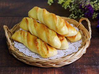 椰蓉奶香面包棒,成品图。