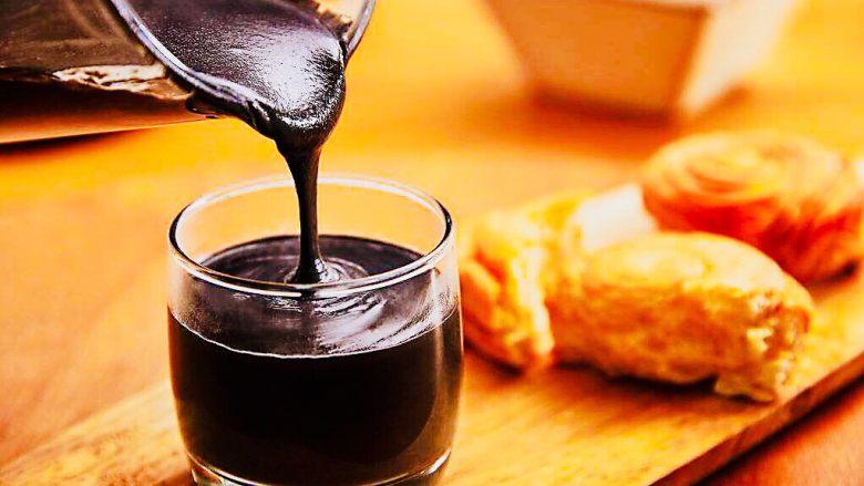 豆浆机版杂粮米糊,配上面包,来一顿早餐吧