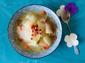 瘦身红豆薏米冬瓜汤