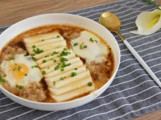 豆腐抱蛋—美味营养食材又很丰富的一道快手菜