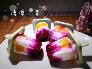 多彩酸奶冰棒