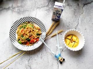 寶寶輔食—雜蔬蝦皮豬肉燴飯,香噴噴
