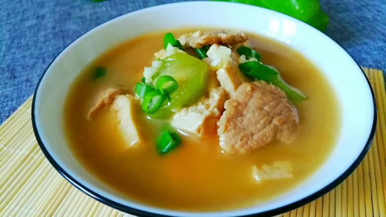 丝瓜豆腐瘦肉汤