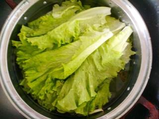 蚝油生菜,生菜清洗干净