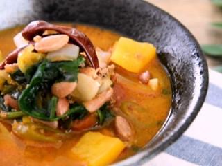 墨西哥著名的辣椒牛肉酱汤的做法