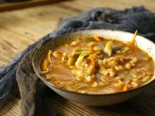 番茄豆角疙瘩汤