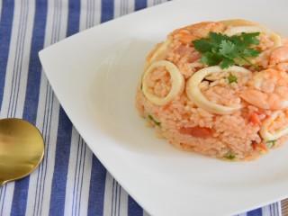 茄味海鲜炒饭—来一碗西班牙风味的海鲜炒饭,为你的主队打Call吧