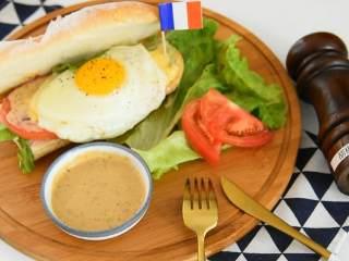 早餐吃法棍三明治,感受法式浪漫生活