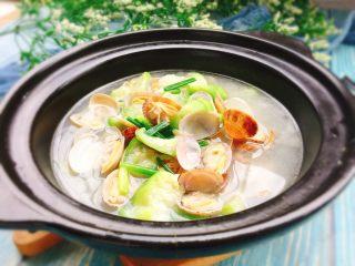 夏天必喝-丝瓜花蛤汤,成品图