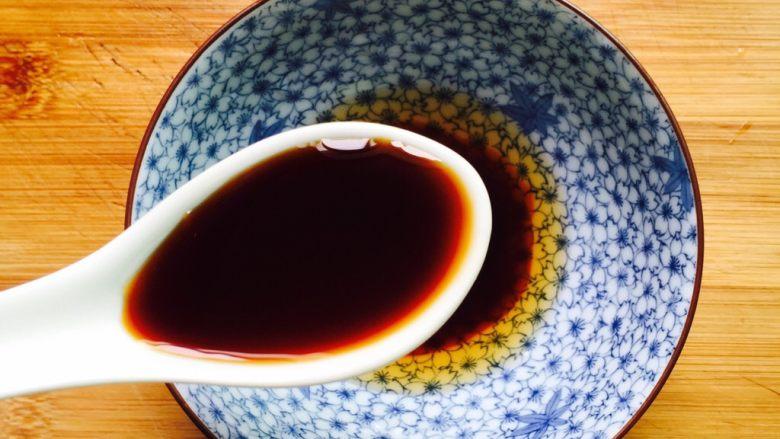 下酒菜+蚝油炒花甲,一勺的蒸鱼豉油