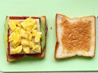 快手营养早餐17,再码一层鸡蛋;