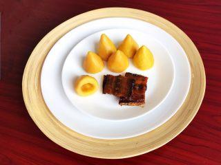 宝宝健康食谱  黄金小窝头,黄金小窝头和咸鱼是绝配~