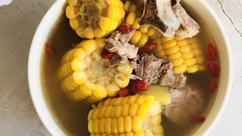 家常玉米扇骨汤