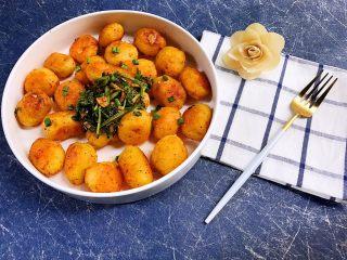 软糯鲜香麻辣锅巴小土豆