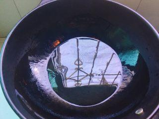 下酒菜+螃蟹抱蛋,起油锅