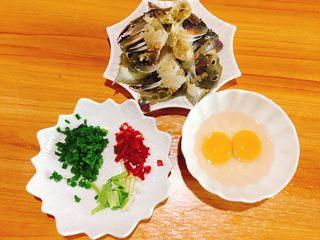 下酒菜+螃蟹抱蛋,食材全部准备好
