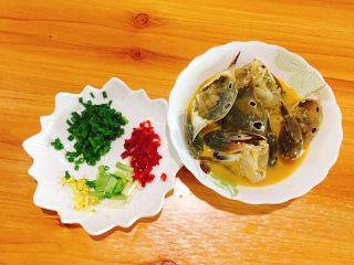 下酒菜+螃蟹抱蛋,准备妥妥的开始炒了