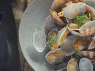 承味莳萝 清酒 蒸蛤蜊,这才是深夜食堂的标配吧。,好了