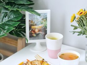周末早餐 | 黑椒牛排意面+番茄鸡蛋汤+抹茶