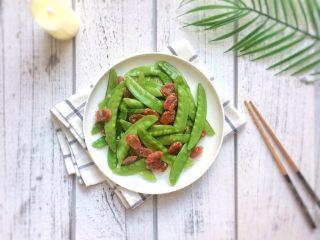 美味快手菜: 荷兰豆炒腊肠,成品图。