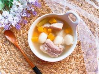 【宝宝辅食】胡萝卜山药排骨汤,胡萝卜山药排骨汤 get✔