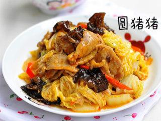 白菜猪肉炒木耳——如何炒瘦肉不老不柴,成品