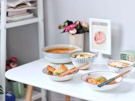 番茄主题 | 番茄豆腐汤+奥尔良烤翅+土豆泥沙拉