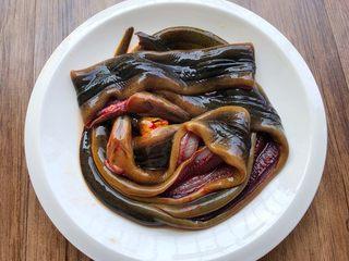红烧鳝段,黄鳝4条,买的时候让店家处理好