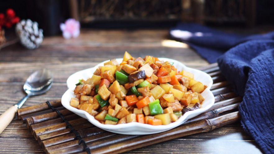 鸡丁炒杏鲍菇